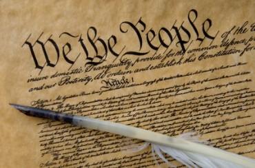 constitution_quill_pen3